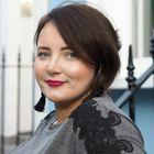 Hayley Hall - Beauty & Lifestyle Blogger + Blogging Coach Pinterest Account