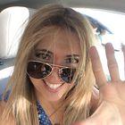 Angela Braizat instagram Account