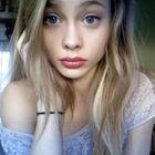 Ashley Dennis instagram Account
