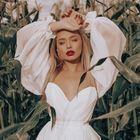 DREAM & DRESS Wedding Dresses instagram Account
