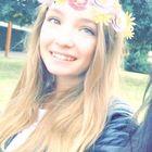 Chloé Lesage Pinterest Profile Picture