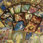 Tarot - O Presente e o Futuro's Pinterest Account Avatar