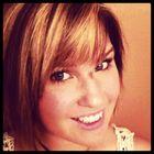 Courtney Schnelker instagram Account