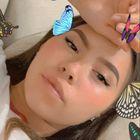 Samantha GarES instagram Account