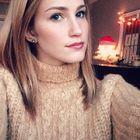 Regan Hollingshead's Pinterest Account Avatar