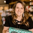 Sarah Williams | Subscription Boxes and Personalized Gifts instagram Account