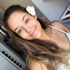 Júlia Rabelo instagram Account