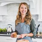 Sara of Sincerely, Sara D. | DIY Home Decor Pinterest Account