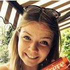 Clara Delmer Pinterest Profile Picture