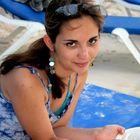 A Life Beautifully Travelled I Travel Tips & Advice's Pinterest Account Avatar