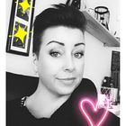 Sandra S instagram Account