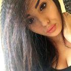 Lesley Hernandez instagram Account