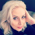 Éva Hajdu instagram Account