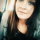 Emily Gebhart instagram Account
