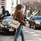 Ashley Robertson | Fashion, Beauty + Lifestyle instagram Account