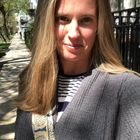 Grow Brightly | Bree Deters's Pinterest Account Avatar