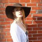 Maddie Hopkins's Pinterest Account Avatar
