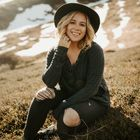 Autumn Nicole | Destination Wedding Photographer's Pinterest Account Avatar