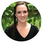 Lara @ Everyday Graces's Pinterest Account Avatar