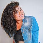 Aline Araújo's Pinterest Account Avatar