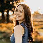 Samantha Warren - Self-Improvement and Wellness Blogger Pinterest Account