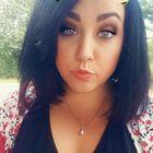 Megan Robison - helloizzy Pinterest Profile Picture