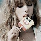 Elia. instagram Account