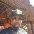Louis Mukiraine instagram Account