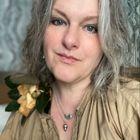Laurie Leahy's Pinterest Account Avatar