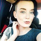 Hayley Cox's Pinterest Account Avatar