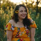 Marisa Mohi | Creative Business Ideas & Writing Tips's Pinterest Account Avatar