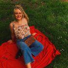 Kate Kiely instagram Account
