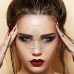 Demi Lee Klip (demileeklip) op Pinterest