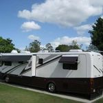 2005 Canterbury Park Model Dd 10 In Excellent Condition All Furniture Included Your Home Away From Home Awai Park Models House Styles Camper Trailer For Sale