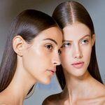 صابونة الجلوتاثيون لتفتيح البشرة والمناطق الحساسة وعلاج آثار حب الشباب Glutathione Soap Container