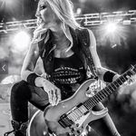 Nita Strauss Heavy Metal Girl Metal Girl Nita Strauss