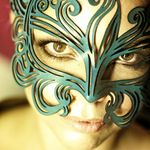 Burlesque Boutique Laser Cut Metal Venetian Mask Black with Rhinestone B4H4