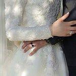 Pin By Naadiyah On Arab Couples 2 Wedding Couple Poses Muslim Couple Photography Wedding Photos Poses