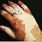 Pin By Norah Ibrahem On My Saves Henna Mehndi Designs Henna Mehndi