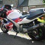 Pin By B Wild On Motogallerie 11 Yamaha R7 And Honda Rcs Yamaha Yamaha Yzf Motul