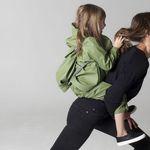 Nike Wmns Air Max Motion 2 sneakers BLACKROSE GOLD THUNDER GREY Köp online hos Intersport