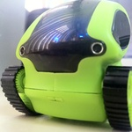 Deskpets Skitterbot Styrd Via Ipad Boxer Gifts Gifts Remote Control
