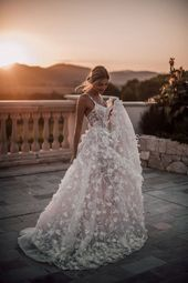 All you need is a beautiful sunset and a Galia Lahav couture wedding gown. The #…