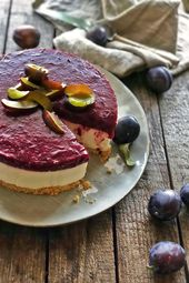 Plum ricotta cheesecake no-bake