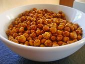 Spicy roasted chickpeas, a great recipe from the cold category. Portable …   – snacks