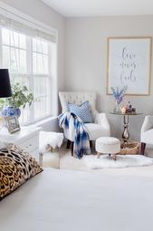 5 Easy Tips For A Cozy Master Bedroom Sitting Area – The Home I Create