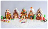 25 Amazing Gingerbread Houses