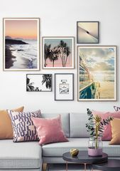 Picture wall in the Scandinavian style. Inspiration for the living room. # murals #p …