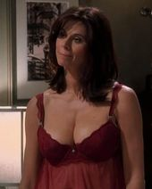 Best Cleavages in The World: Jennifer Bini Taylor Cleavage