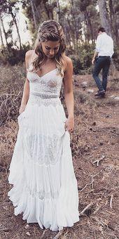21 Fantastic Lace Beach Wedding Dresses